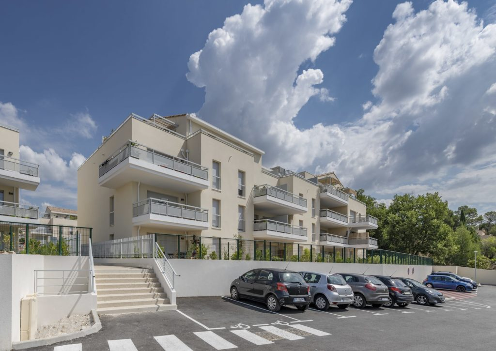 residence reflets sainte victoire rousset sogeprom provence programme immobilier